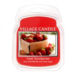 vonna sviečka village candle fresh strawberries 1