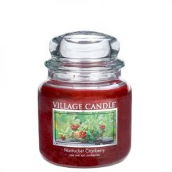 vonna sviečka village candle nantucket cranberry 1